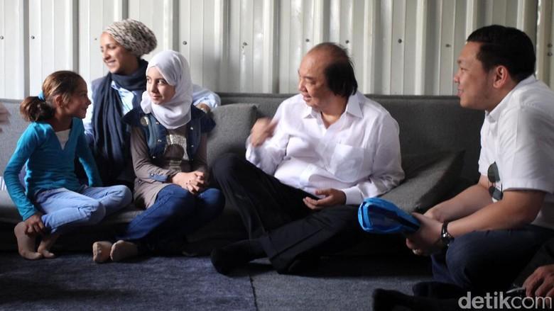 Tahir Kunjungi Kantor UNHCR Yordania