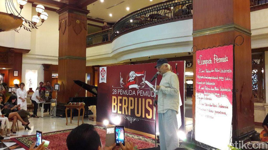 Hari Sumpah Pemuda, Gus Mus dan Puteri Indonesia 2015 Baca Puisi di Solo