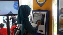 BI Diminta Batalkan Rencana Isi Ulang e-Money Kena Biaya