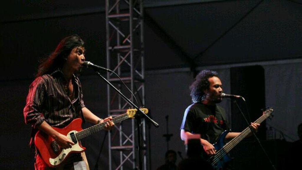 Usai Kecelakaan, Bassist Navicula Masih Kritis