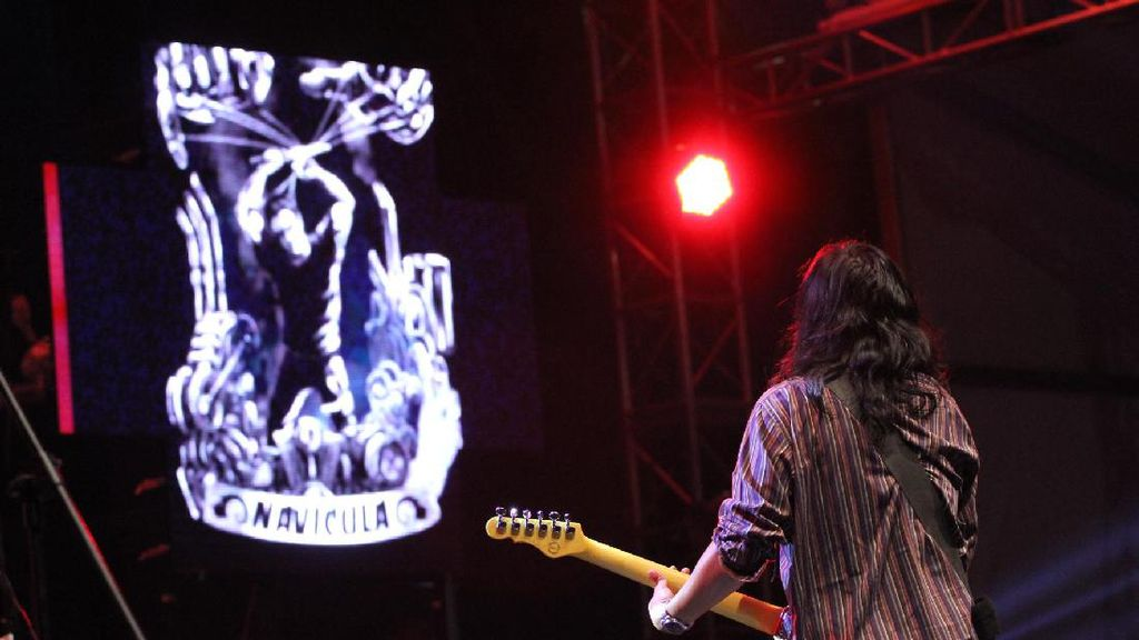 The Trees and The Wild dan Navicula Hidupkan Malam di Synchronize Fest