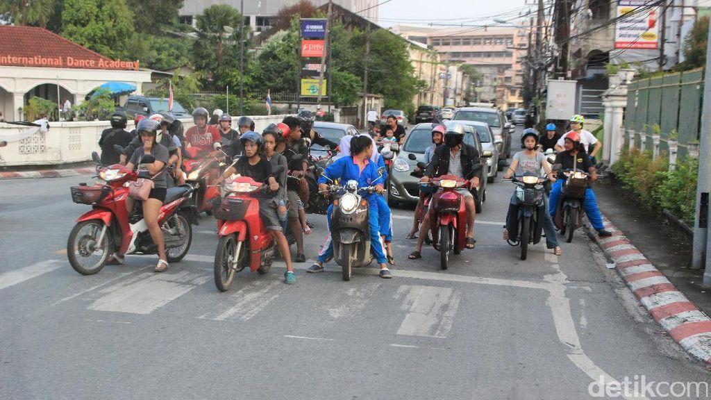 Mengintip Pemotor Bandel di Thailand