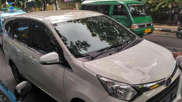 Tarif Berubah, <i>Driver</i> Taksi Online: yang Penting Pelanggan Ada Terus