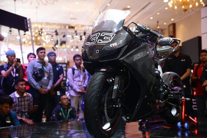 TVS Pamerkan Motor Sport TVS Akula 310