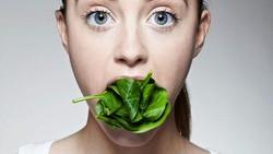 Sehat itu wajib, salah satu cara untuk mendapatkannya adalah dari asupan makanan bernutrisi. Jangan absen dari 8 makanan penuh nutrisi ini ya.