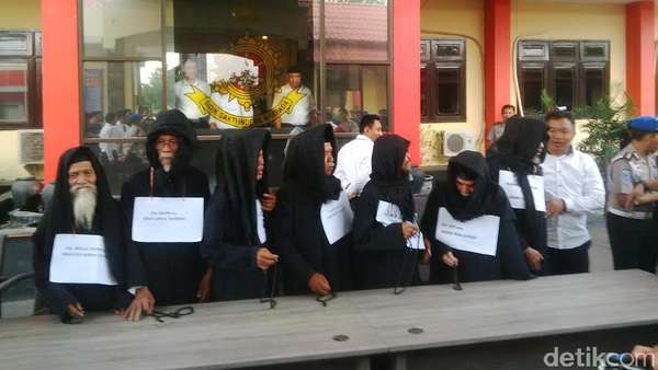 Cerita Polisi Soal Marwah Daud Ditipu Maha Guru Padepokan Dimas Kanjeng
