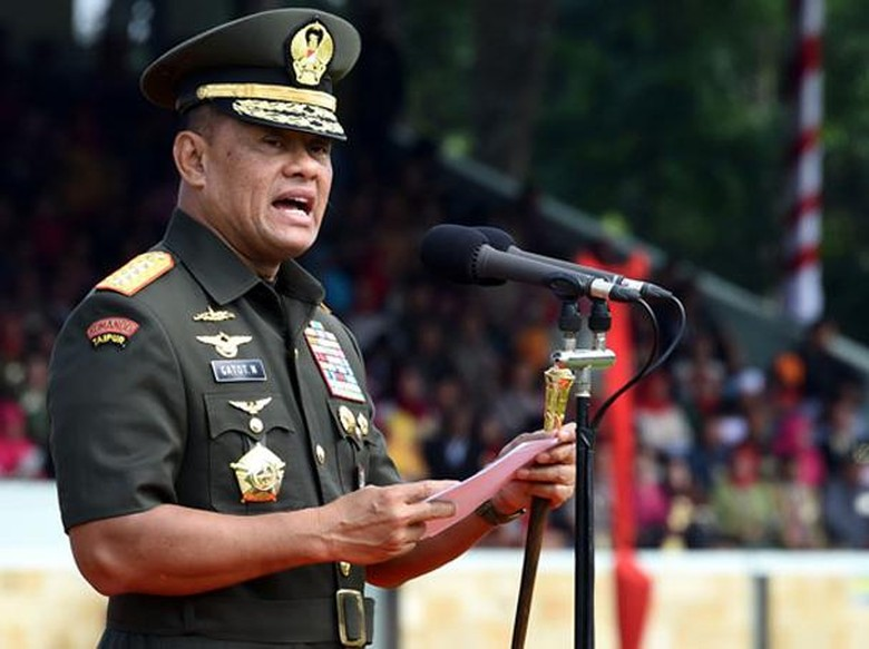 Jenderal Gatot Gemar Tampil sebagai - Jakarta Manuver Panglima TNI Jenderal Gatot Nurmantyo menjelang masa pensiun disorot Setara Gatot dianggap memperlihatkan sebagai selebriti politik