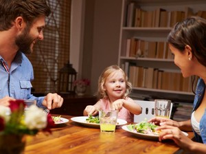 Hati-hati! 5 Makanan Ini Tak Baik Diberikan Pada si Kecil