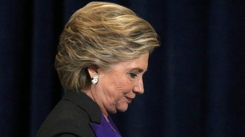 Kalah dari Trump, Tim Kampanye Hillary Clinton Salahkan Direktur FBI