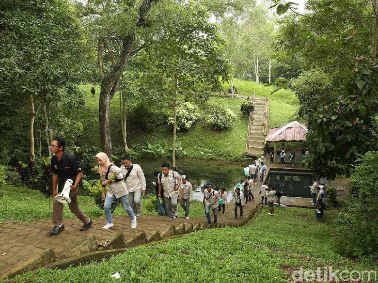 Risers Kunjungi Situs Purbakala di Lampung