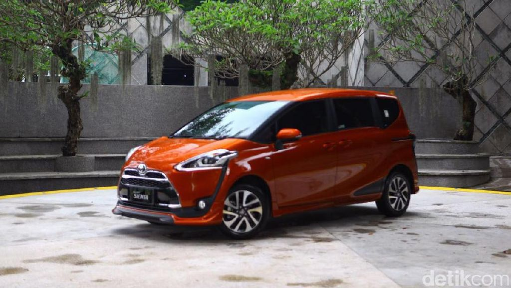 Jualan Kurang Greget Jadi Alasan Toyota Buat Sienta Edisi Khusus?