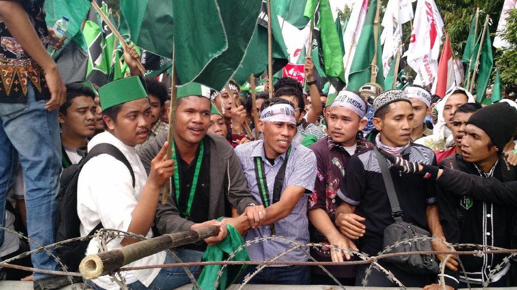 Demo Berujung Rusuh, Pengusaha : Ada Harga Yang Harus Dibayar Mahal