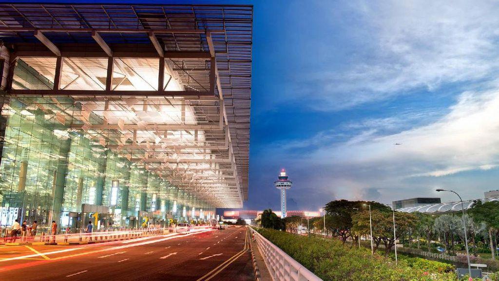2 Traveler Indonesia Siap Lomba Jadi Miliuner di Bandara Changi