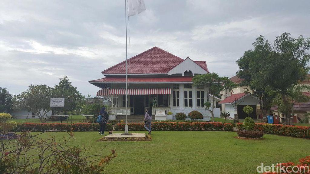 Belajar Cinta Indonesia (Lagi) di Rumah Bung Karno Bengkulu