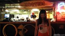 Dilayani Pelayan Cantik & Seksi di Restoran Taiwan Ini
