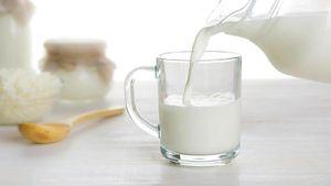 Benar Nggak Sih, Susu Bisa Kurangi Rasa Pedas?