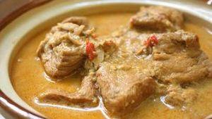Gurih Berkuah Kental, Terik Tempe dan Daging Khas Jawa Tengah