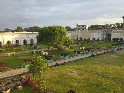 Benteng Inggris yang Cantik Tapi Mistis di Bengkulu