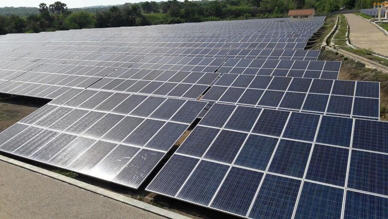 Bisakah RI Kejar Target Energi Terbarukan 23% di 2025?