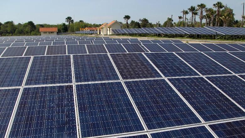 Pengusaha Dorong Pemasangan Solar Panel di Atap-atap Rumah