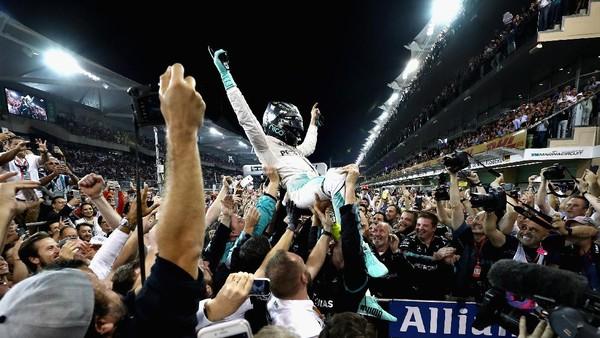 Rosberg Tak Menikmati Lap-Lap Terakhirnya di Yas Marina