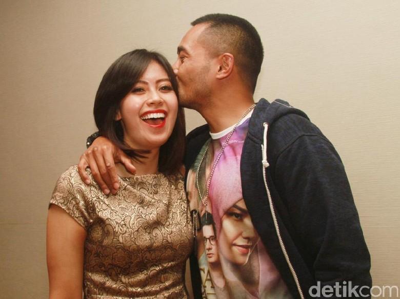 Yama Carlos Beri Ucapan Ultah ke Istri dan Ngaku Masih Sayang