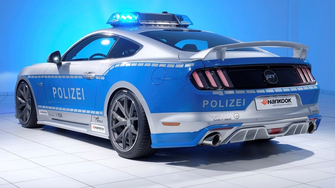 Ford Mustang V8 GT Kustom untuk Polisi Jerman
