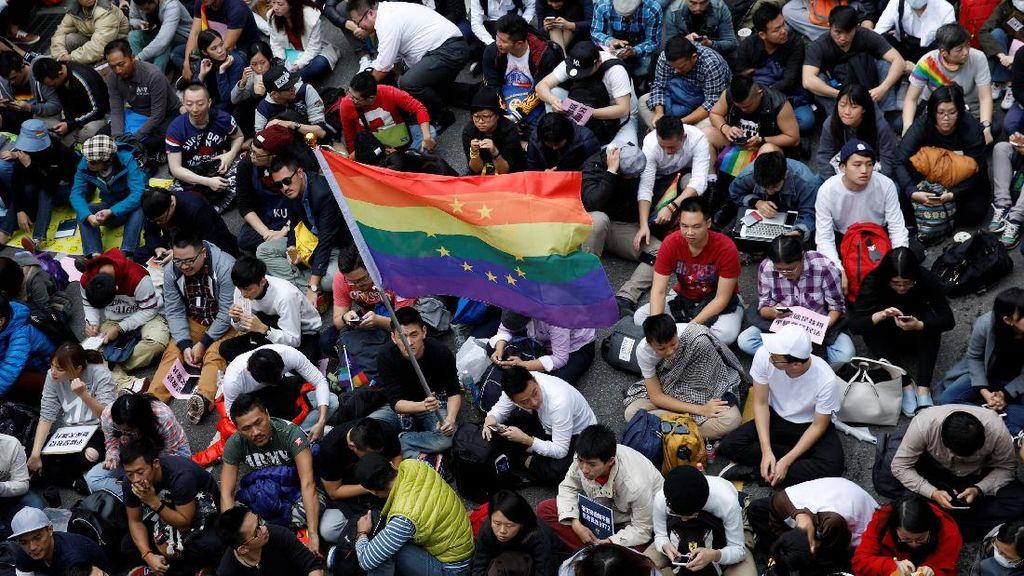 Aplikasi LGBT Masih Beredar, Kominfo-Google Bungkam