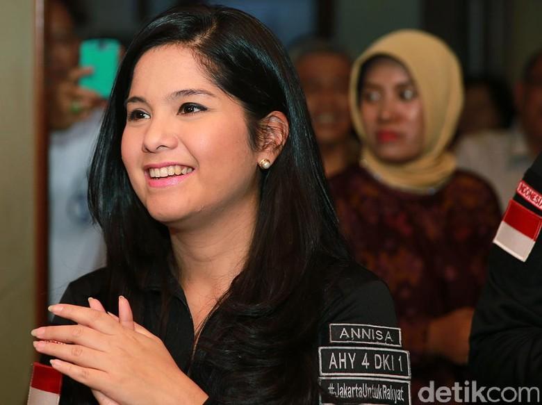 Annisa Pohan Di-Bully, Clothing Line Ayu Ting Ting Dituding Plagiat