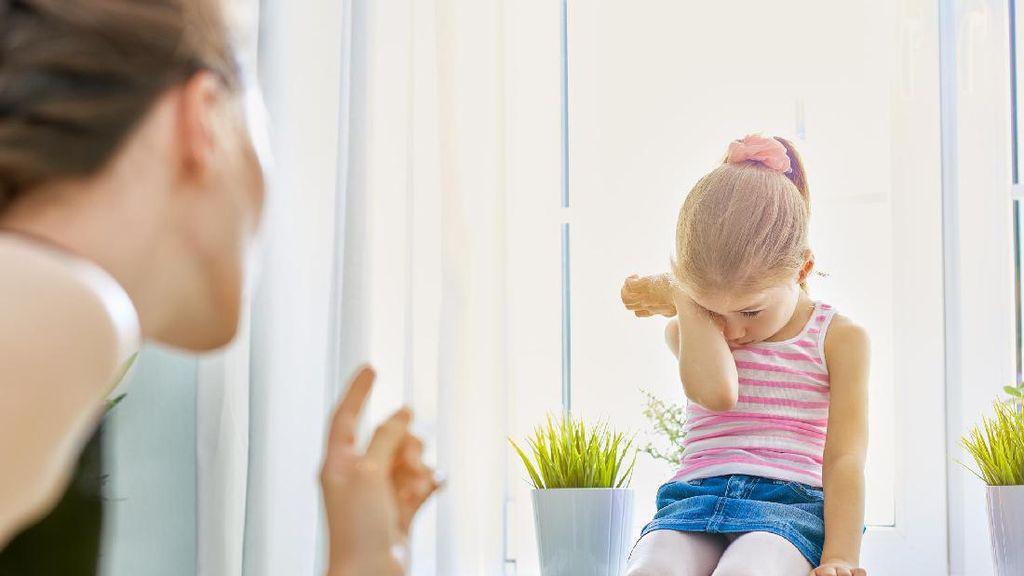 Yuk Kita Ingat Hal Ini Saat akan Berteriak pada Anak