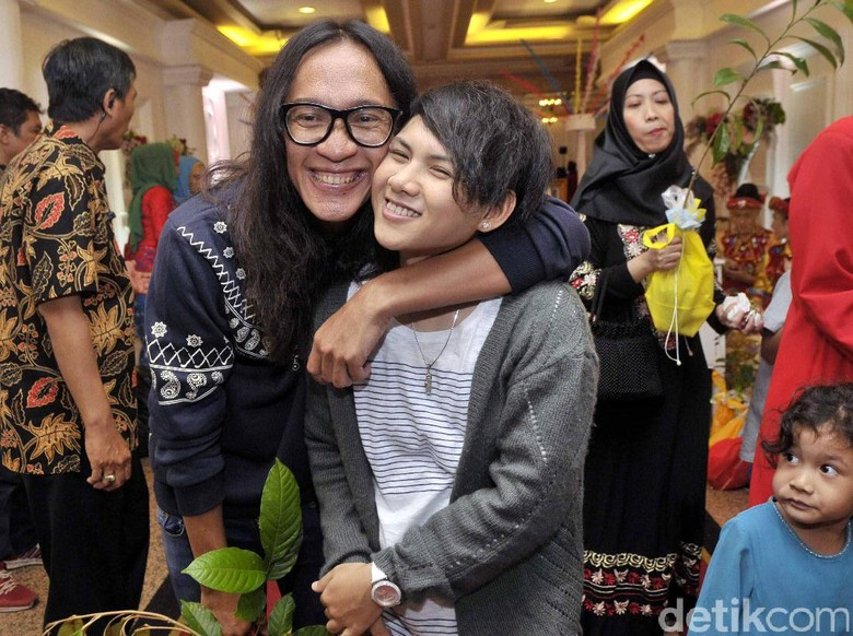 Kedatangan Ibunda Evelyn Bikin Aming Mau Perbaiki Hubungan