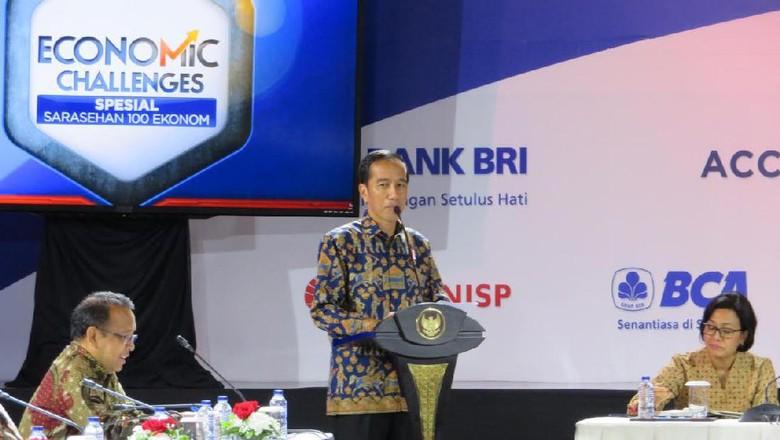 Jokowi: dari Sukuk, Uang Dipakai Bangun Jalan Hingga Balai Nikah