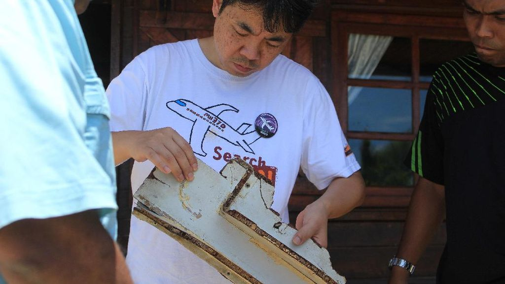 Cari Petunjuk, Keluarga Korban MH370 Menyisir Langsung Pantai Afrika