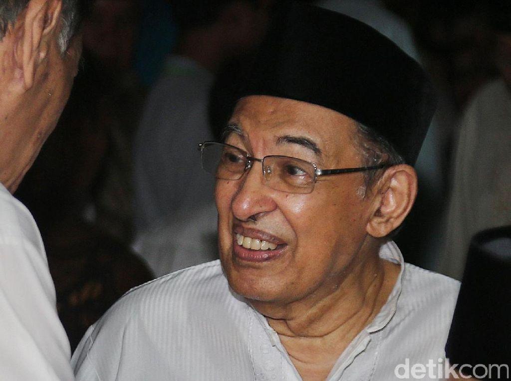 Quraish Shihab: Alumni-Al Azhar Sedunia Sangat Bangga dengan Jokowi