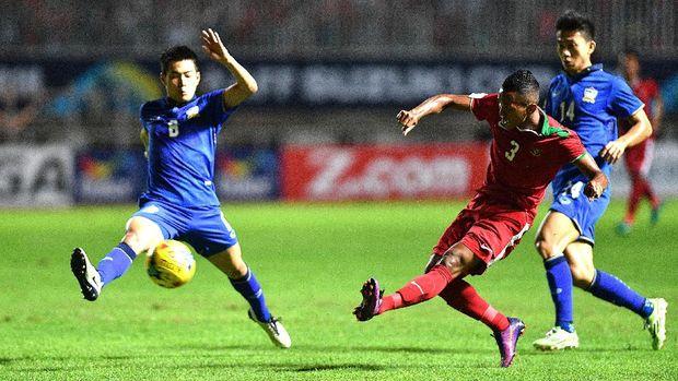 Abduh Lestaluhu salah satu pemain Timnas Indonesia yang berasal dari Tulehu, Maluku Utara. (
