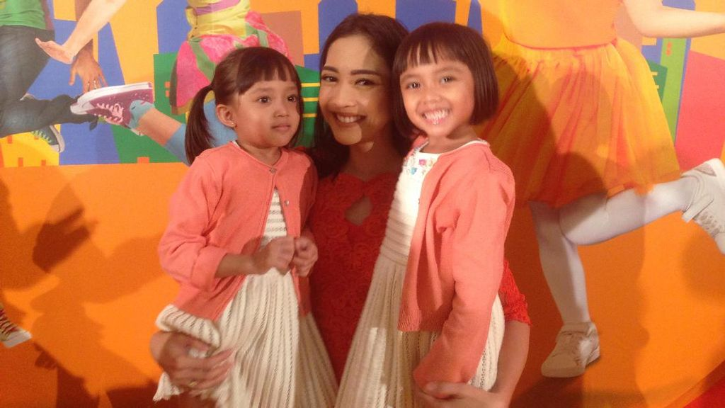 Trik Ririn Dwi Ariyanti Bikin Quality Time Bareng Keluarga Meski Sibuk Kerja