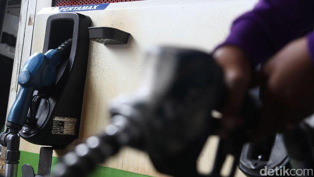 Kirim BBM ke Perbatasan, Pertamina Hadapi Derasnya Sungai Mahakam