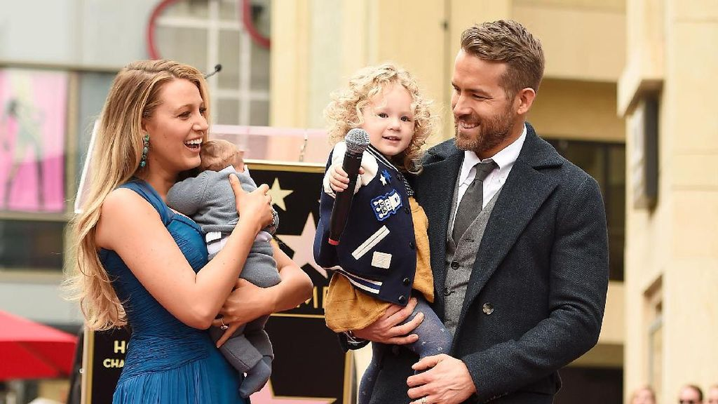 Terungkap, Nama Anak Kedua Ryan Reynolds dan Blake Lively