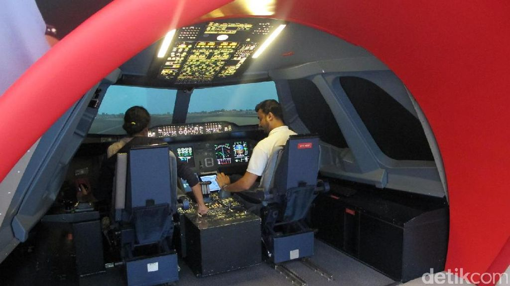 Simulator Pesawat yang Keren di Dubai
