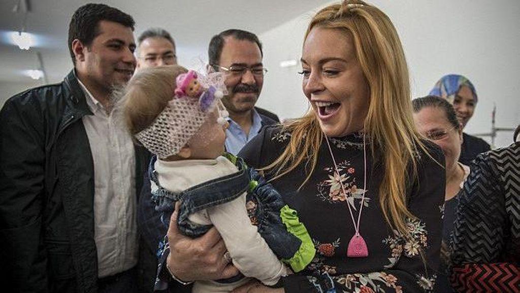Lindsay Lohan akan Bikin Pulau Pribadi di Dubai