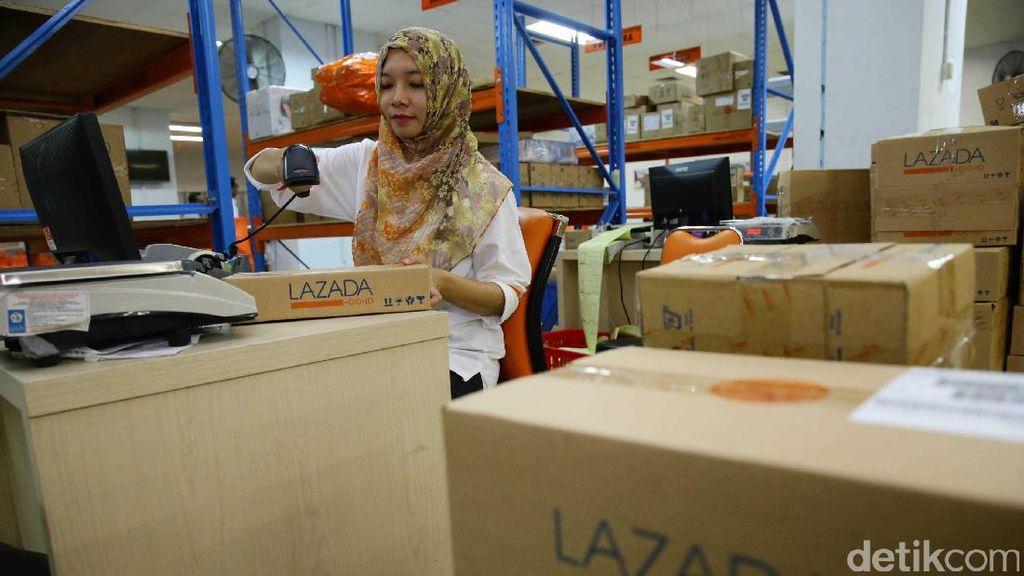 Jelang Natal Pengiriman Barang e-Commerce Meningkat