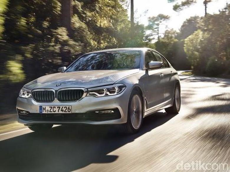 BMW 530e, Mobil Hybrid dengan Performa Tinggi