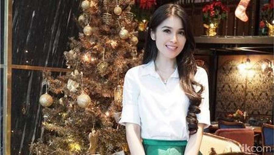 Potret Momen Natal Selebriti Indonesia