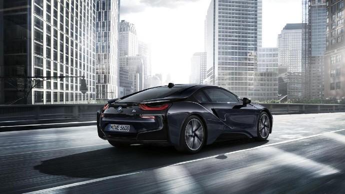 BMW i8 Makin Keren
