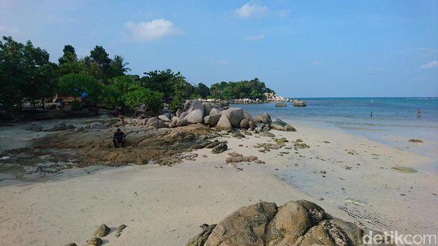 Pantai indah ini jadi favorit saat liburan (Masaul/detikTravel)