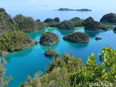 Ketika Tuhan Melukis Alam di Timur Indonesia