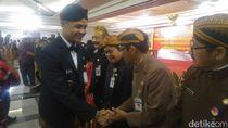 Gubernur Ganjar Lantik 1.600 PNS Pakai Baju Adat