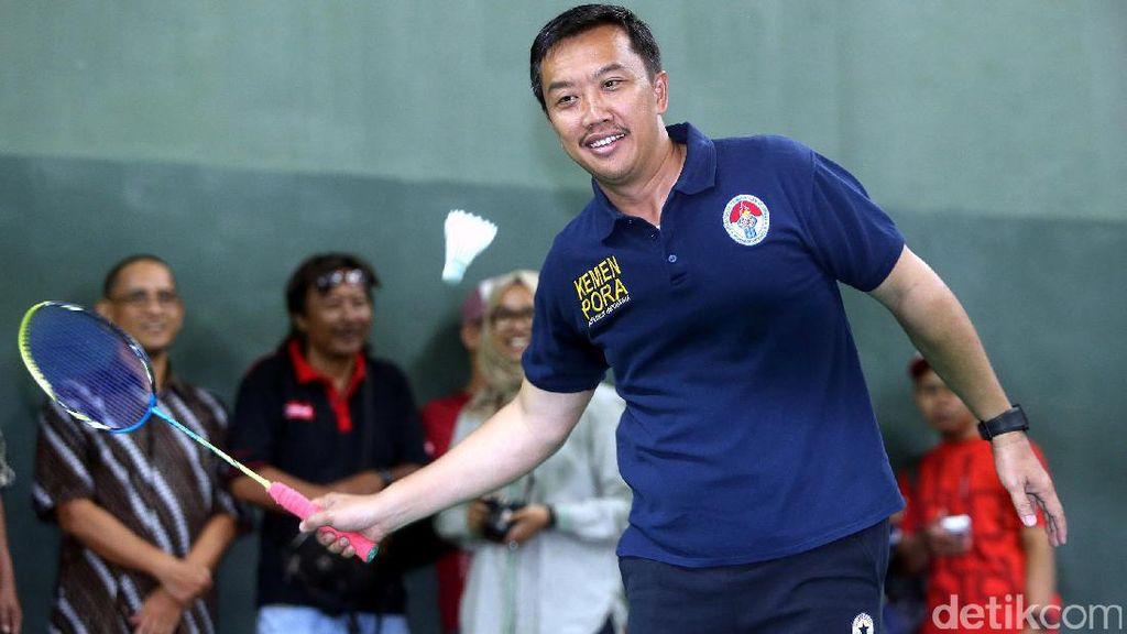 Menpora vs Peraih Emas Olimpiade Indonesia