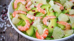 Yuk, Racik Salad Berisi Buah Segar untuk Suguhan Tahun Baru!