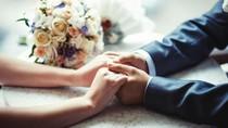 Cerita di Balik Gugatan Larangan Perkawinan Sekantor ke MK